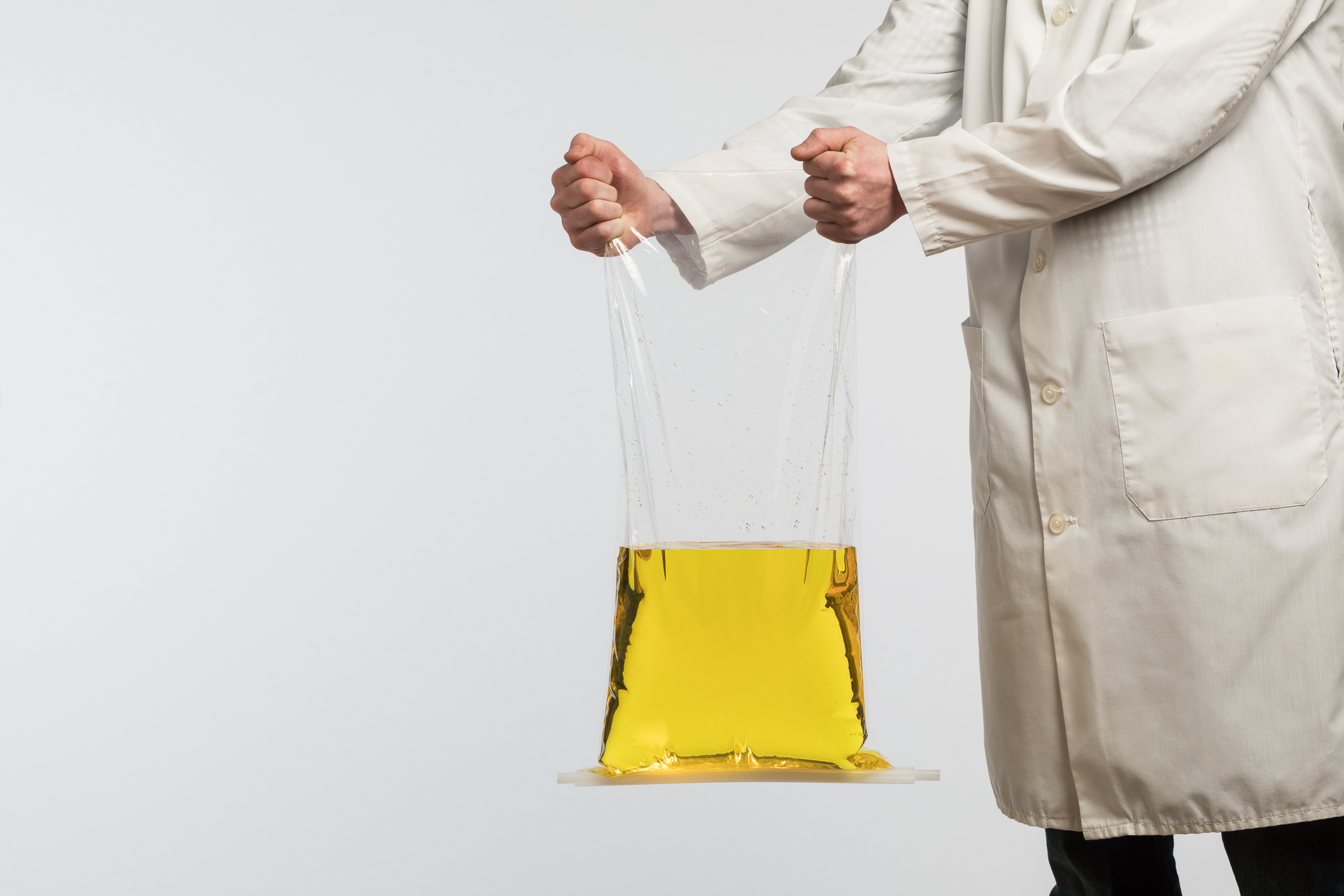 Clip-n-seal lay flat bag closures